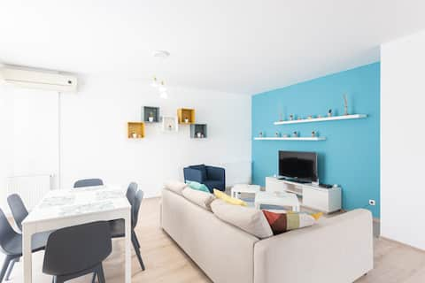 Sunny 3 ROOMS large apartment | 2021 | by the sea