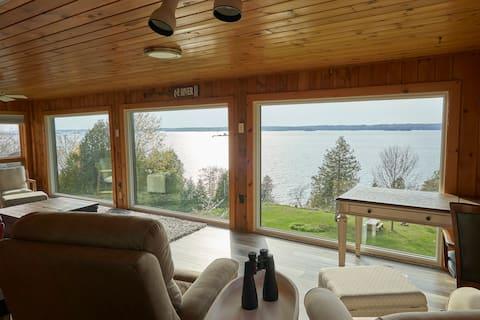 St. Lawrence River Modern Log Home/Dock/RV hookups