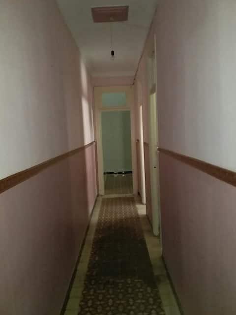 Квартира в центре Орана.