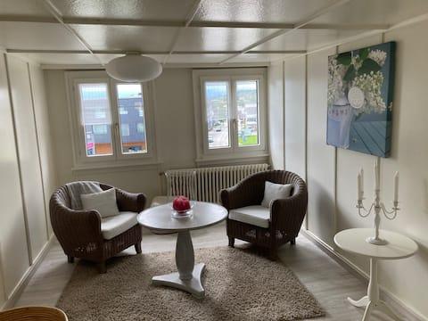 KB airbnb on Top