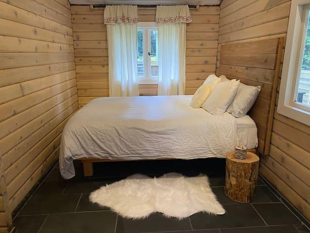 MIller Two - Master Bedroom Queen Bed