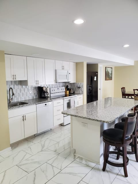 Family friendly 2 BR Perfect for Weekend Getaway