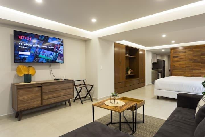 TV inteligente, con TotalPlay y WiFi de alta velocidad