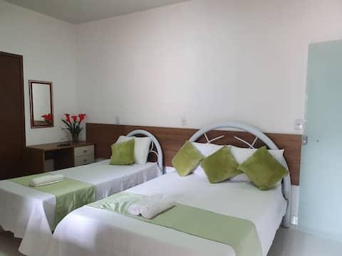 Quarto casal + 1 cama extra - Aconchego Sertanejo