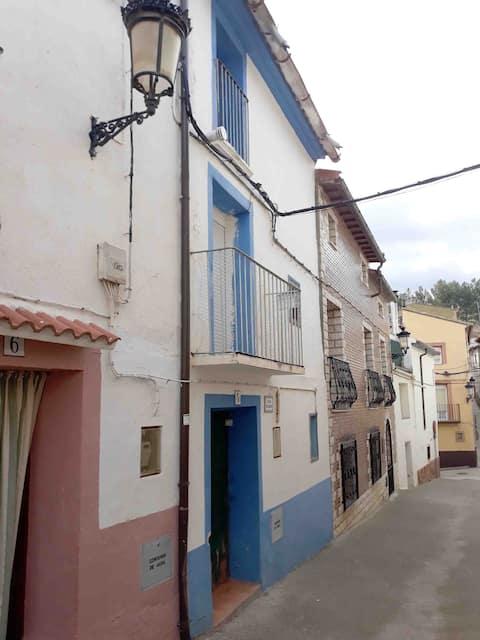 Casa Rosario, a los pies de la Sierra de Algairén