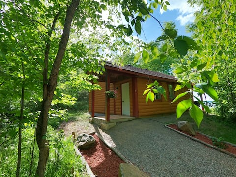 Beachfront Bungalow - Relax in Nature