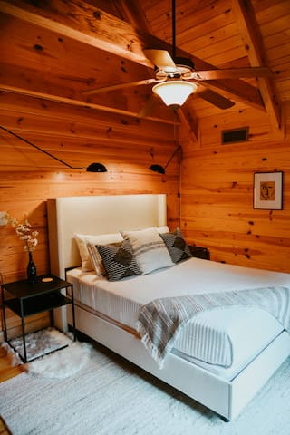 Bedroom #3 - Queen size bed with cathedral ceilings.