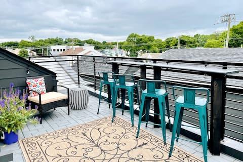 Peaceful Ingleside Hideaway w/ Rooftop Terrace