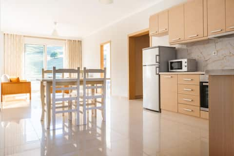 STAY LLAMANI - spacious two  bedroom apartment