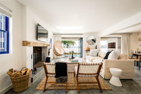 Coastaway: Cosy & Contemporary 3 Bedroom Home