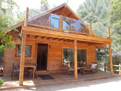 Casa rural con encanto en el bosque con chimenea