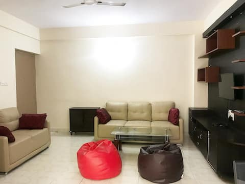 Entire house  2-Bedroom Flat in HSR- Hosapalya