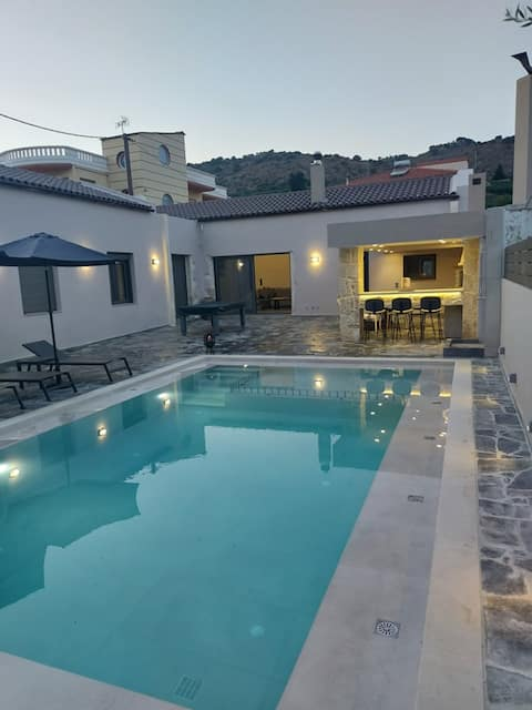 Villa Arhontiki