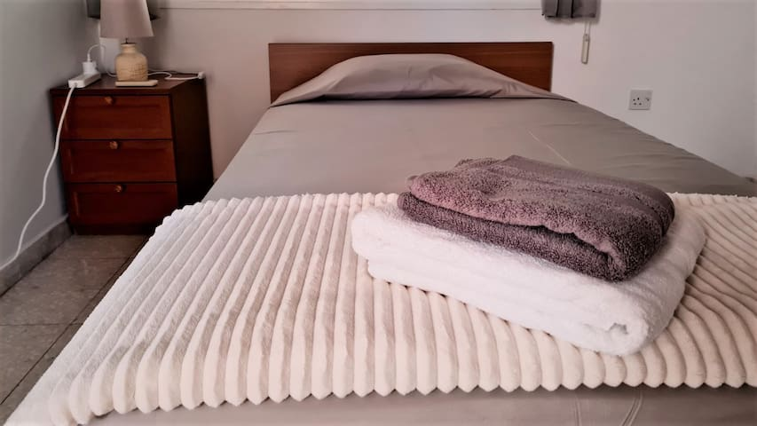 Single bed. All bedrooms have spacious closets and roller shutters on the windows.