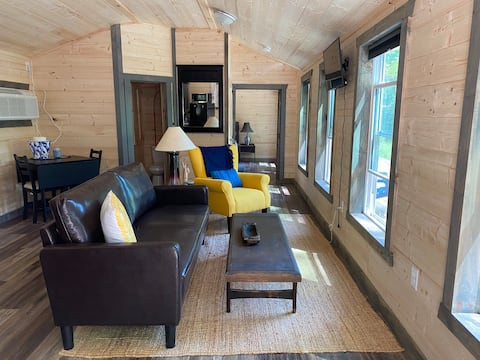 Perfect Couples Getaway Cabin at Red River Gorge.