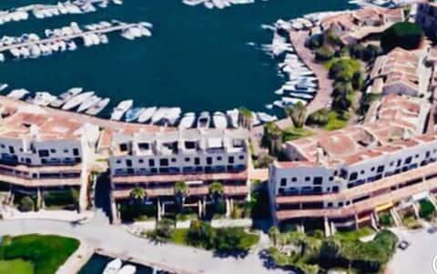Magnifique pt cocon dans Marina  «Golfe St Tropez»