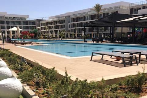 Courtyard Long Beach Apartment