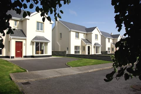 Entire house in the heart of Doonbeg.