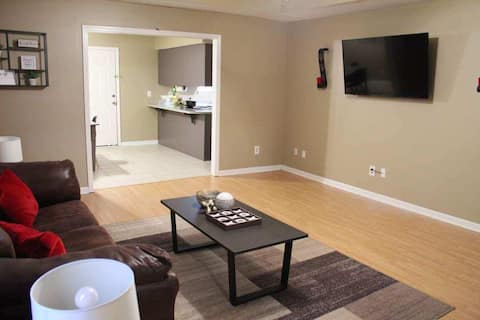 BEAUTIFUL 3 BEDROOM CLOSE TO AIR FORCE BASE/MALL