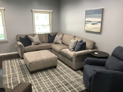 Cozy 4-bedroom home with large backyard