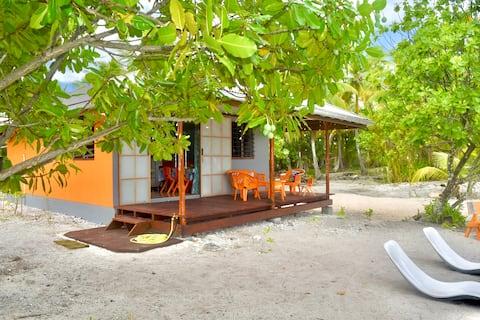Hiti Tikehau, the ocean side bungalow