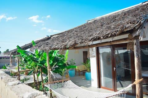 Beautiful 2BR Villa at Nungwi Beach-WIFI, AC&Chef