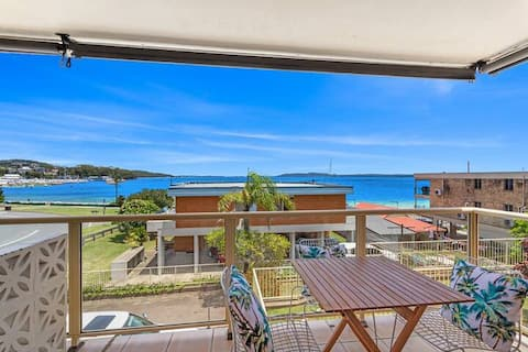 """""""The Nest"""" right in the heart of Nelson Bay"""