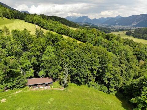 Wildromantische Berghütte mit Traum-Panorama