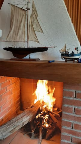 Winter Season at Achille's Lair - The fire in the living room