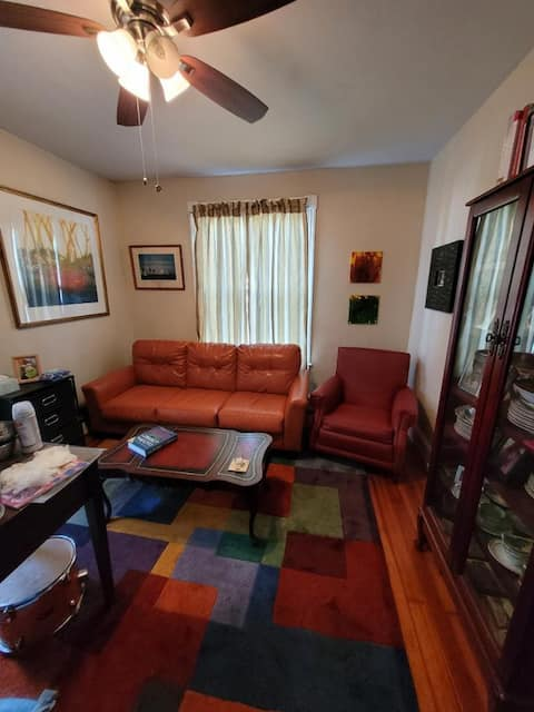 Pet friendly Apartment - Home Away from Home