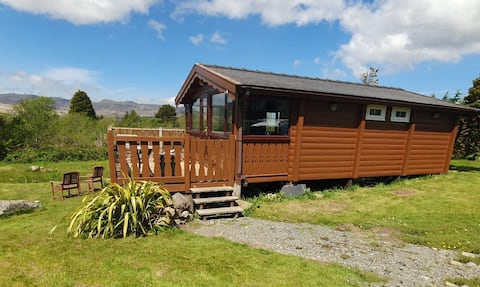 Cosy log cabin 2 bedrooms with views and Wi-Fi