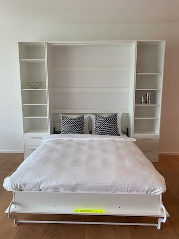 murphy bed 1.4m*2m in the living room