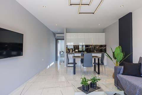 Semiso Beach Suites- Apartment 2