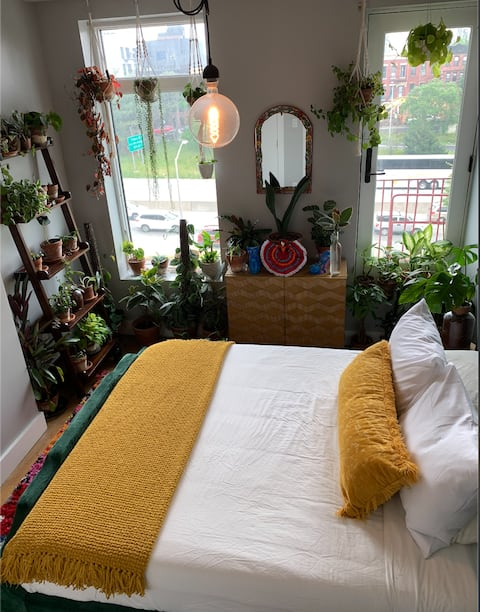 Cute Plant Themed Bedroom