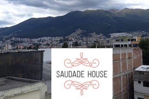 SAUDADE HOUSE AV. 6 DE DICIEMBRE