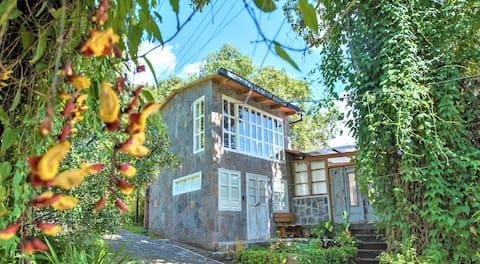 Media Luna Stone cottage1-3pers kitchen lake views