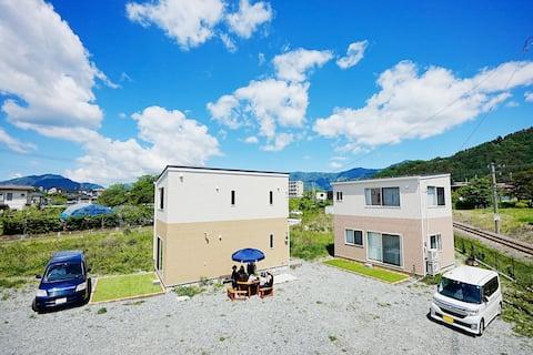 BBQとキャンプ用品を無料貸出★広い庭付きの新築貸切別荘★Private House Sakura