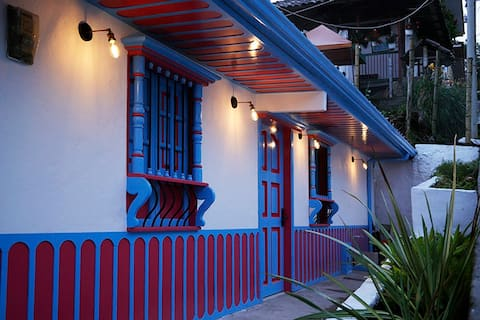 Casa Adelina, beautiful house in the magical town of Salento, Quindio