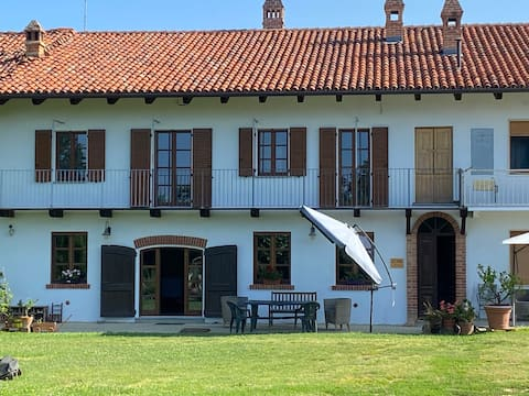 L'Ottavo Sapore: relax in the hills of the Roero