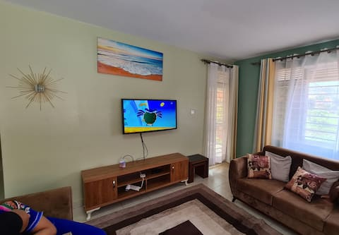Lovely 2 Bedroom Condo all to yourself