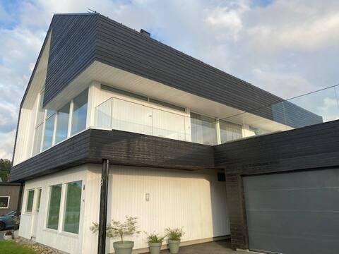 Moderne og romslig Hus til leie på Sørlandet !