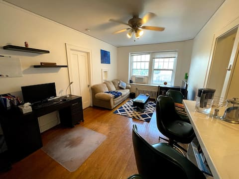 Cozy 1 Bedroom Apartment in Old Fourth Ward, AA