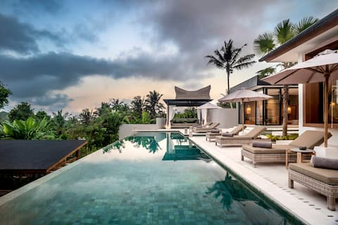 New! Amazing 5Bdr Pool Villa with Jungle View