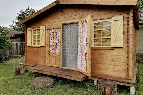 Edelweiss wooden house of garden