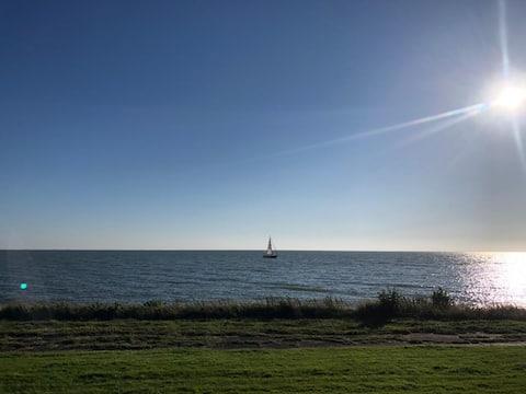 Probably the best IJsselmeer view in Friesland!