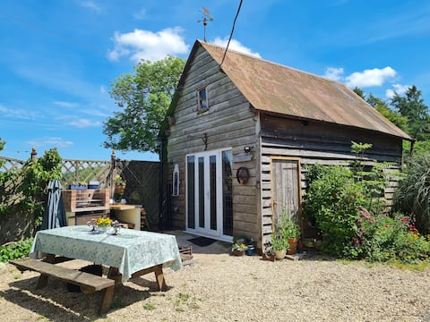 Delightful rural self contained 1 bedroom barn