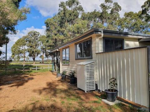Spinaway Pruner's Cottage