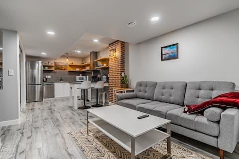 Brighton: Stylish 2-BR legal basement suite
