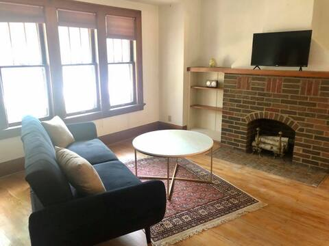 Spacious Park Home Near the Best of MKE - No Fees