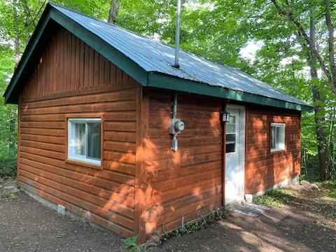 Cozy Cottage on McGregor Lake